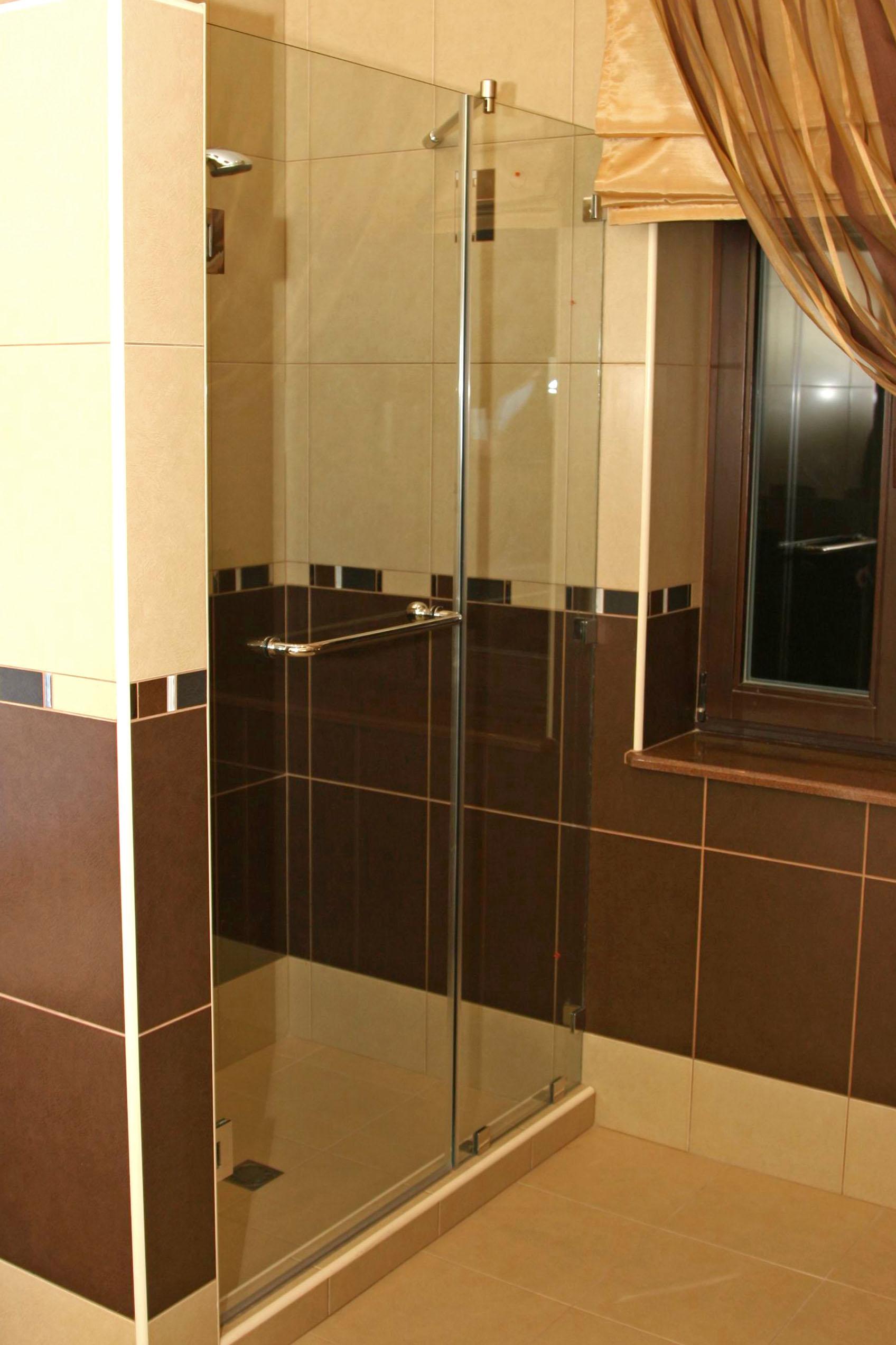 Перегородка в душ из стекла своими руками 75